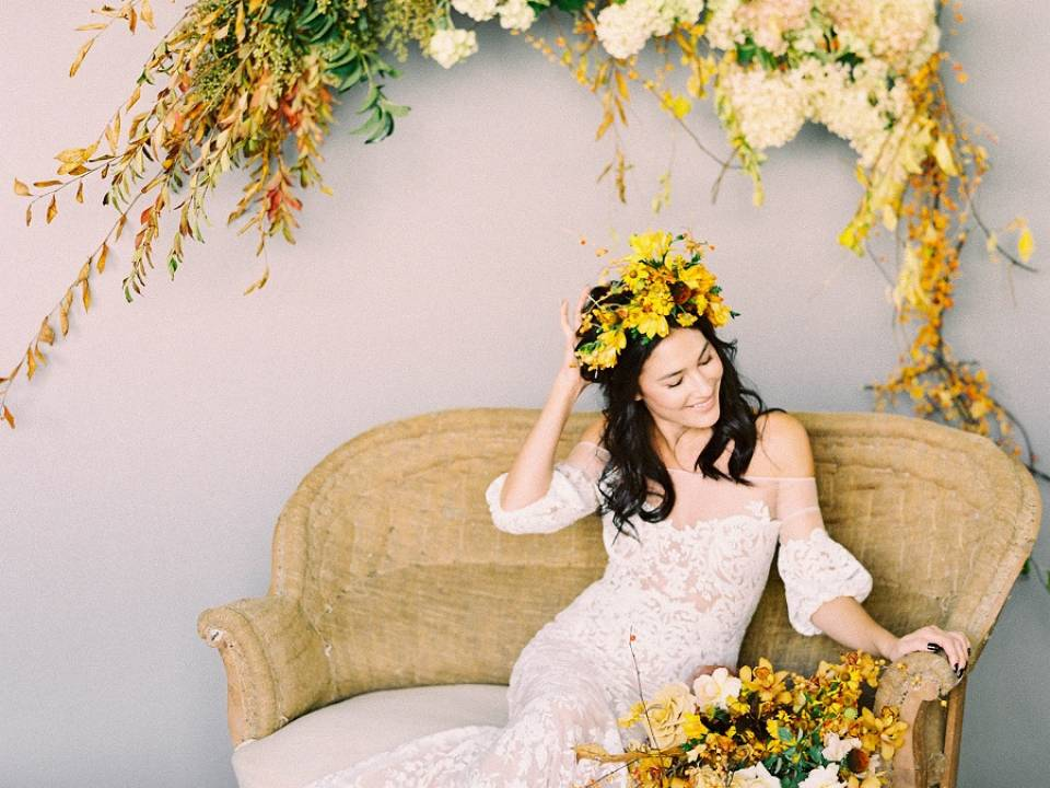 Modern Autumn Inspiration Featured on Wedding Sparrow featured image